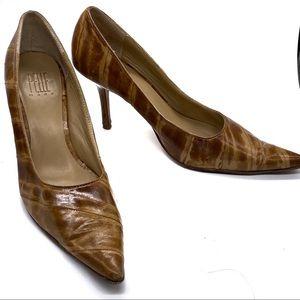 Pelle Moda Brown Eel Skin Pointed Toe Heels size 8